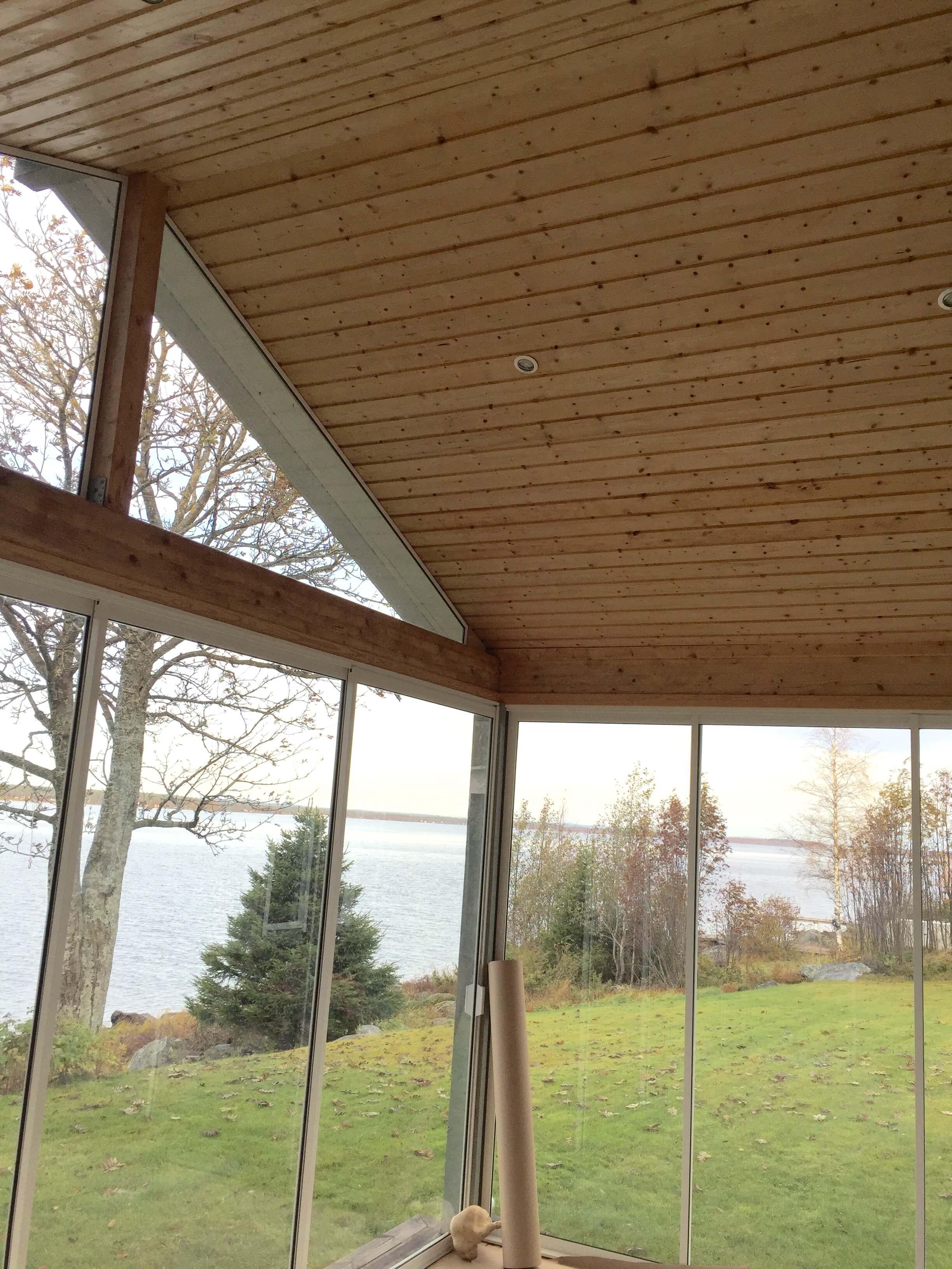 Bild på taket innan målning